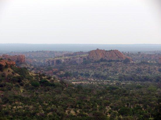 Leokwe Camp - Mapungubwe National Park: View over the Park & Mapungubwe Hill