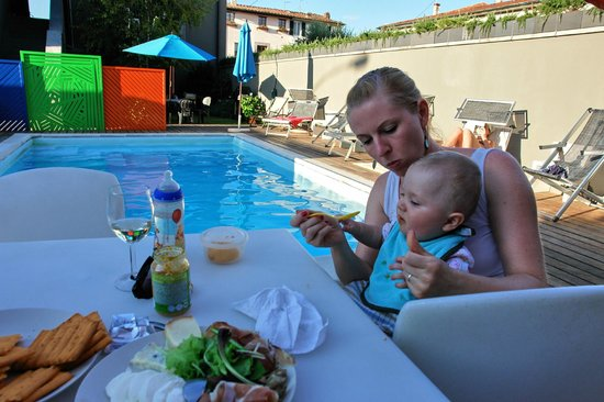 San Marco Holidays : Our daily meal by the pool