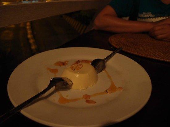 GRAZIE Italian Restaurant Kota Kinabalu: Panna Cotta