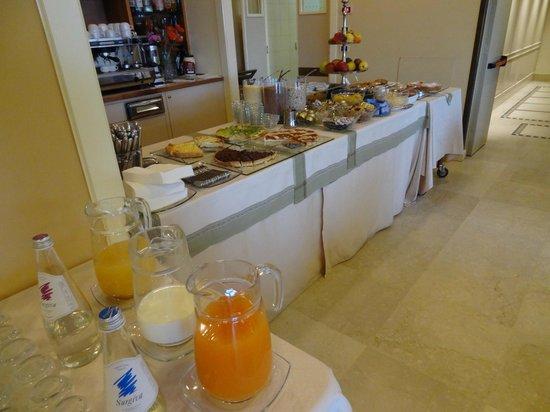 Sangallo Palace Hotel : На завтраке