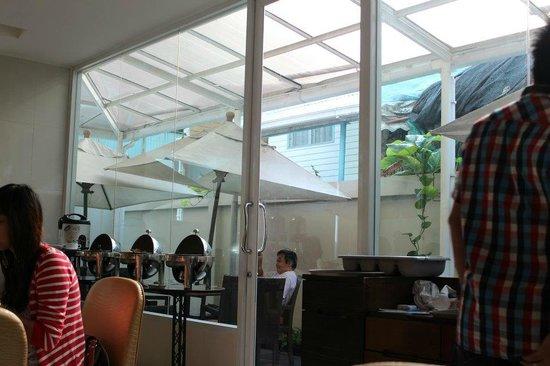 โรงแรมแทงโก้ ไวแบรนท์ ลิฟวิ่ง เพลส: Breakfast Area
