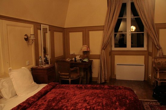 Chateau Hotel du Colombier : Our room