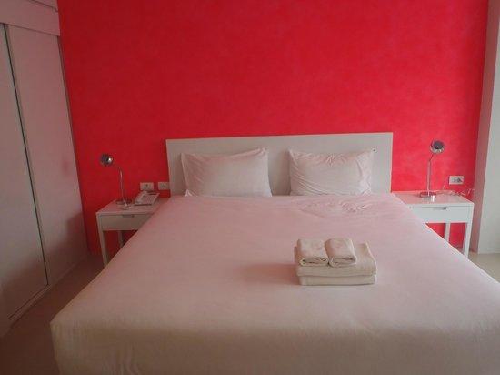 Aonang Miti Resort: Big soft bed