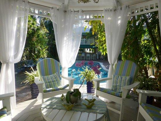 The Gardens Hotel: New pool side gazebo