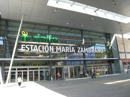 Zara home fotograf a de vialia centro comercial m laga - Zara malaga centro ...