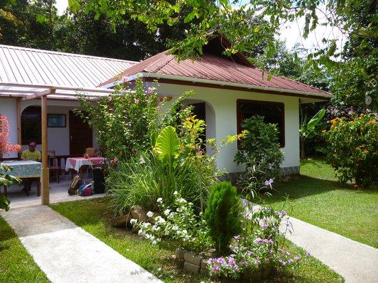 Buisson Guesthouse La Digue: La casa
