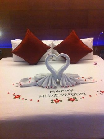 Novotel Phuket Kata Avista Resort and Spa: happy honeymoon
