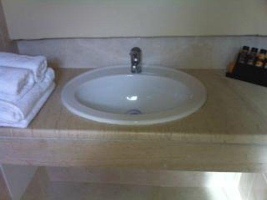 SENTIDO Elounda Blu: bathroom 1