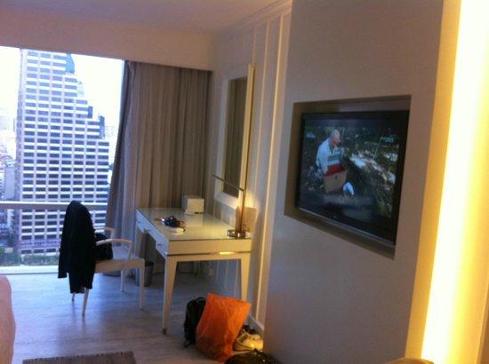 Pullman Bangkok Hotel G: Fernsehen