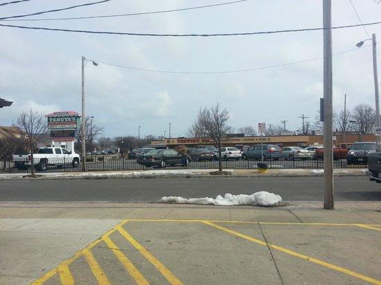 Tenuta's: Exterior with parking lot.