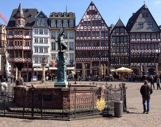 Frankfurt City Tour: Old Market Place