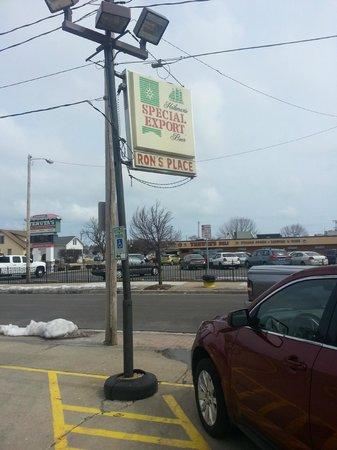 Ron's Place: Vintage sign; Tenuta's Deli right across the street.