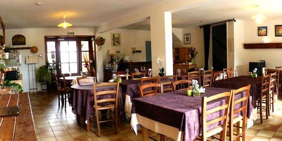 Moulin de la Brevette: salle du petit déjeuner