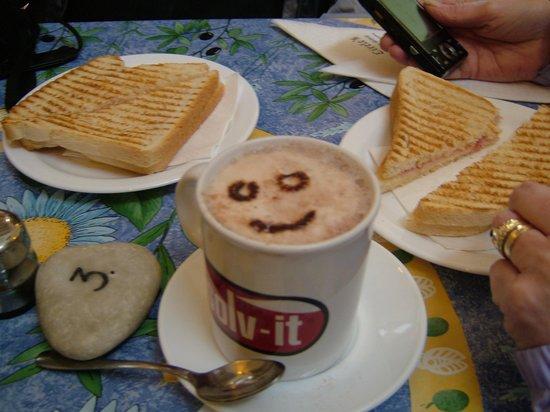 Day's Inn Hotel: Helen Special Coffee