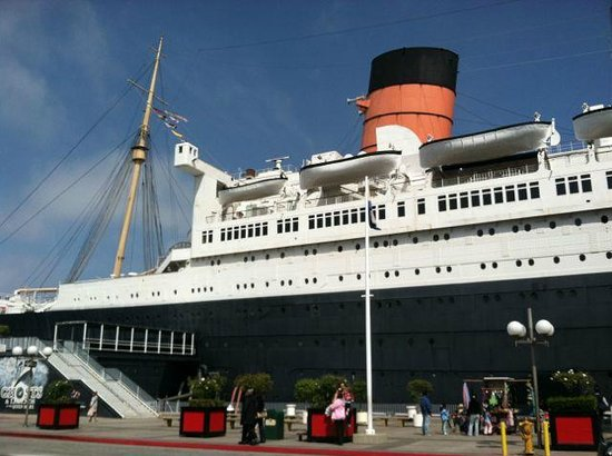 The Queen Mary: Front of Queen Mary
