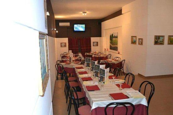 Agora Pizza & Food: saletta2