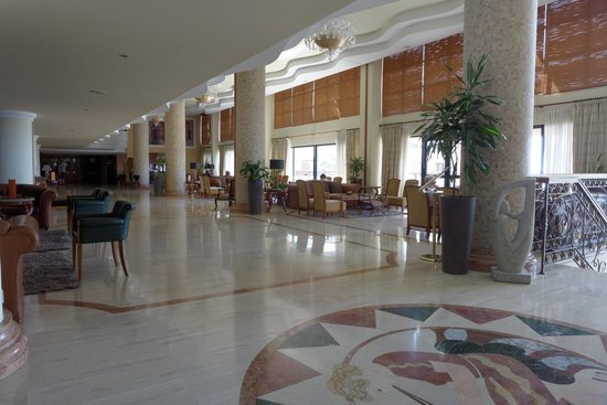 Atlantica Golden Beach Hotel: Main lounge / lobby