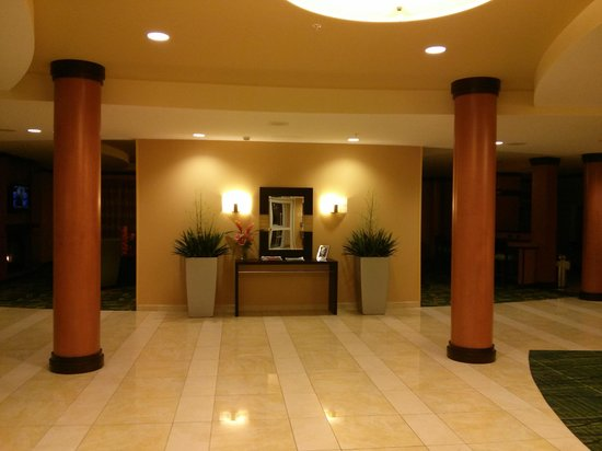 Fairfield Inn & Suites Lewisburg: Lobby
