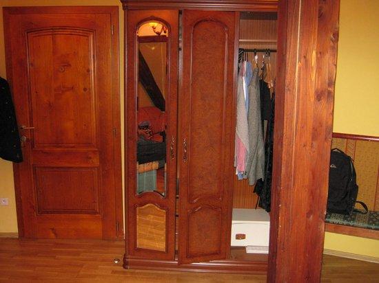 Hotel Metamorphis: plenty of storage