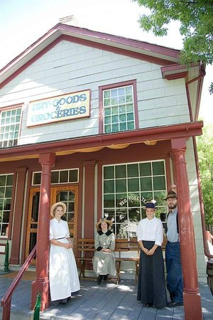 Dry Goods And Grocery Store In Doon Heritage Village At The Waterloo Region Museum Picture Of Ken Seiling Waterloo Region Museum Kitchener Tripadvisor
