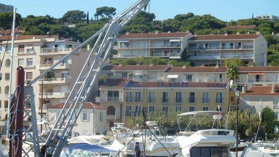 Hotel Le Golfe: Hotel vu du bateau