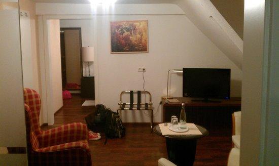 City Hotel: Wohnbereich