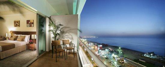Ramada Beach Hotel Ajman: Room Balcony
