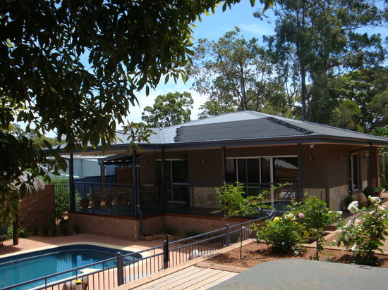 Lesmurdie Hills Bed & Breakfast : Relax in the ambience of Perth hills