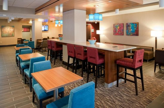 Hampton Inn Nashville / Vanderbilt: Breakfast Dining Area