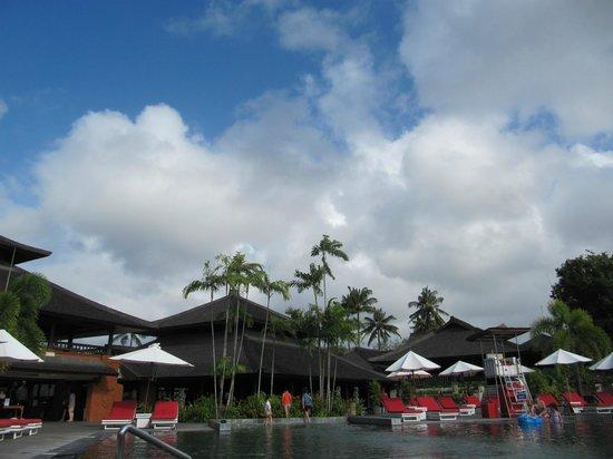 Club Med Bali: Blue sky