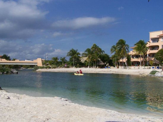 Catalonia Yucatan Beach: Kayak dans la baie protégée