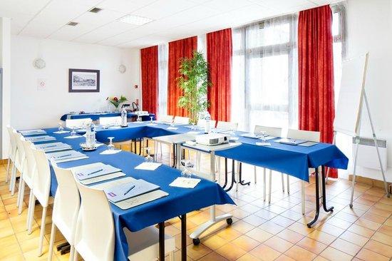Kyriad Montlucon: Salle de réunion