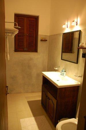 Villa Sunbird : Good and clean bath room