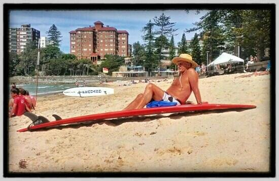 Manly Beach : Surfer