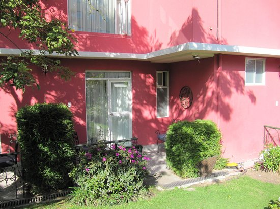 Casa Aliso: back patio with door to our room