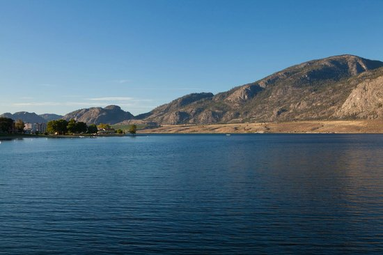 Osoyoos, Kanada: Beautiful calm lake