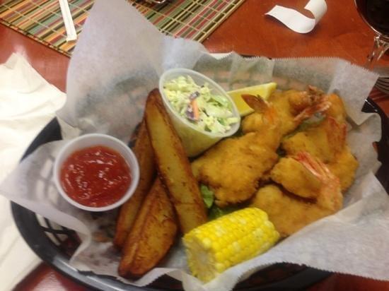 Tortuga's Seafood Restaurant: fried shrimp basket