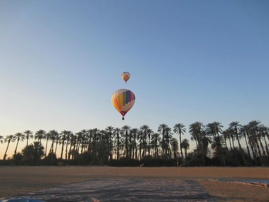 Havnfun Hot Air Ballooning : There they go !!!!
