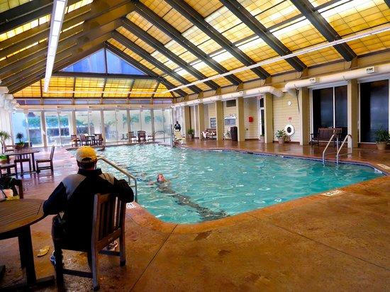 Marriott's Grande Ocean : An indoor pool, water was quite warm