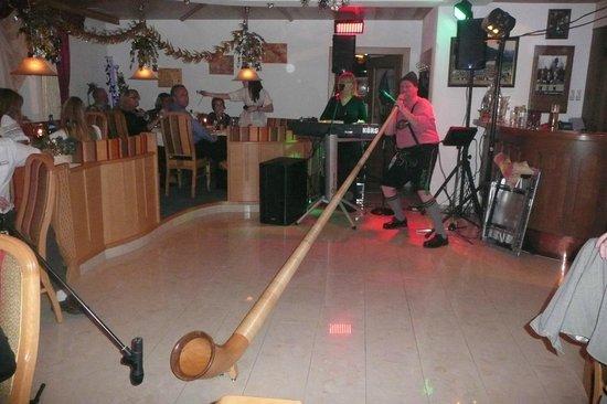 Theresia Hotel: optreden tijdens oudjaar