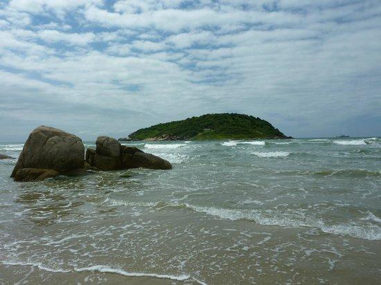 Ouvidor Beach: playa ouvidor en praia do rosa brasil
