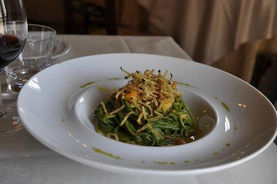 Ristorante L'Antico Forziere: Spaghettoni con carbonara di gamberi e bottarga