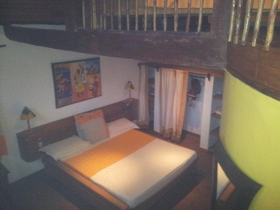 Orangea Village: Interno del bungalow