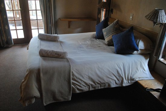 Sondela Nature Reserve Accommodation: Bedroom