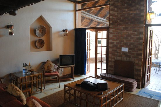 Sondela Nature Reserve Accommodation: Interior of chalet