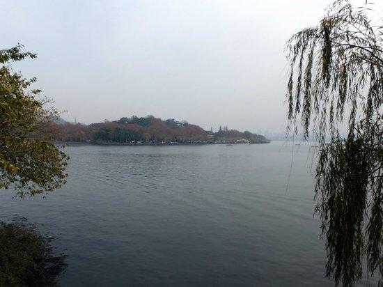 Su Causeway: Views