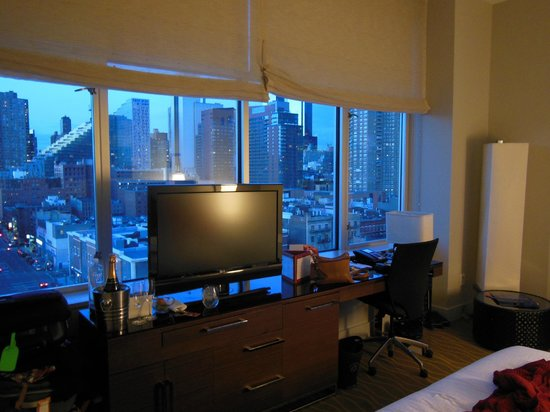 Kimpton Ink48 Hotel: View from room1108