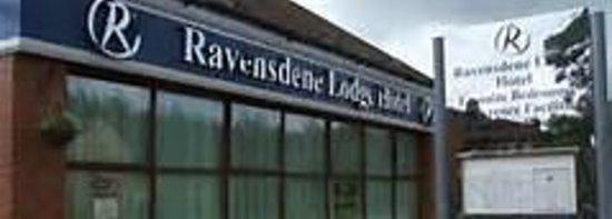 Ravensdene Lodge: ENTRANCE