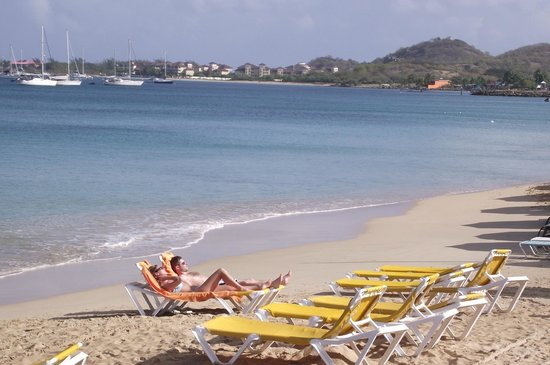 St. Lucian by Rex Resorts: Plage