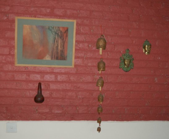 Highbury Colombo: wall decorations